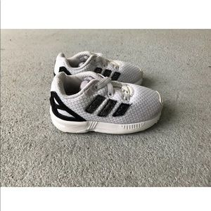 ADIDAS ZX FLUX Sneakers Youth Kids Toddler SZ 5